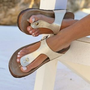 White Mountain 9 Leather Sandals Gold Metallic